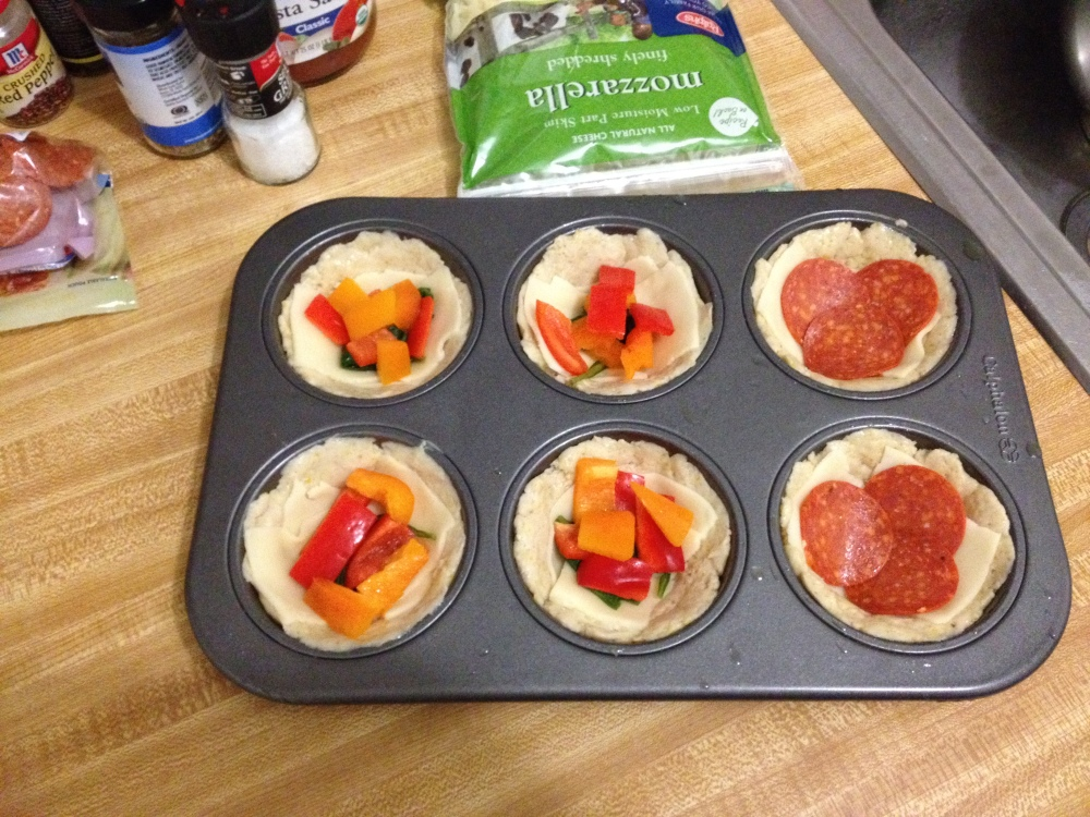 Mini Deep Dish Pizzas (gluten-free) (2/4)