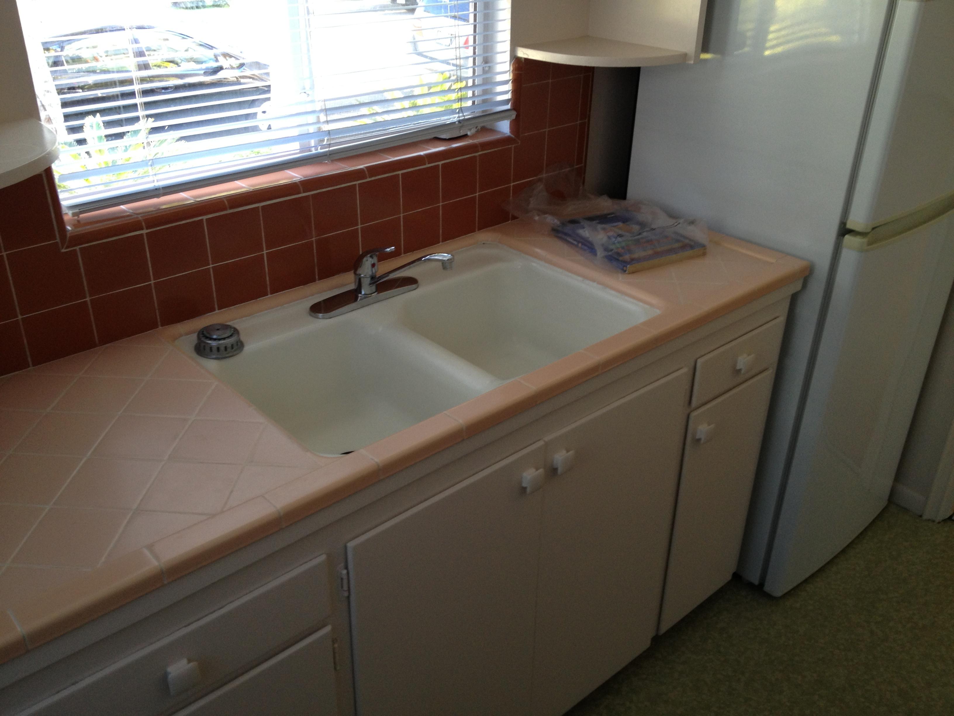 Thermador bathroom wall heater - Vintage Apartment Love Flamingo Pink Amp Aqua